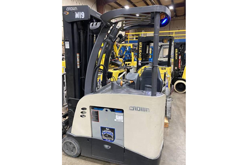 Used Crown RC5545-40 Stand-Up Counterbalance Forklift