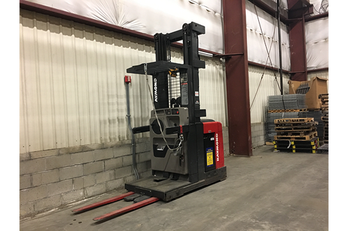Used Raymond EASI Order Picker