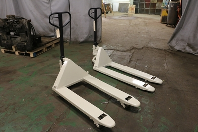 Used Manual Pallet Jacks