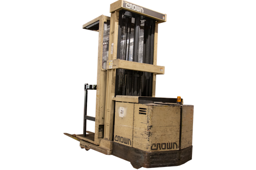 Used Crown 30SP36TT Order Picker