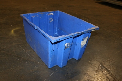 Used Akro 35-190 Nestable Totes