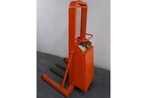 Used Presto B852-MOD Stacker