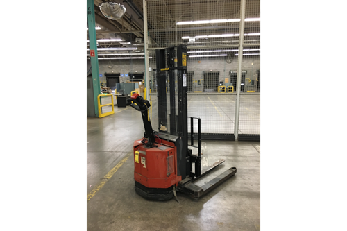 BT Prime Mover Walk Behind Electric Stackers