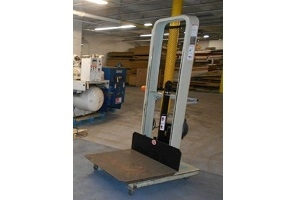 Used Presto EL764 Stacker