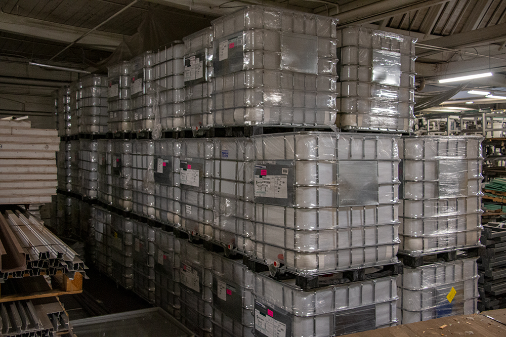 Used 330 Gallon Ibc Totes Store And Transport Up To 330