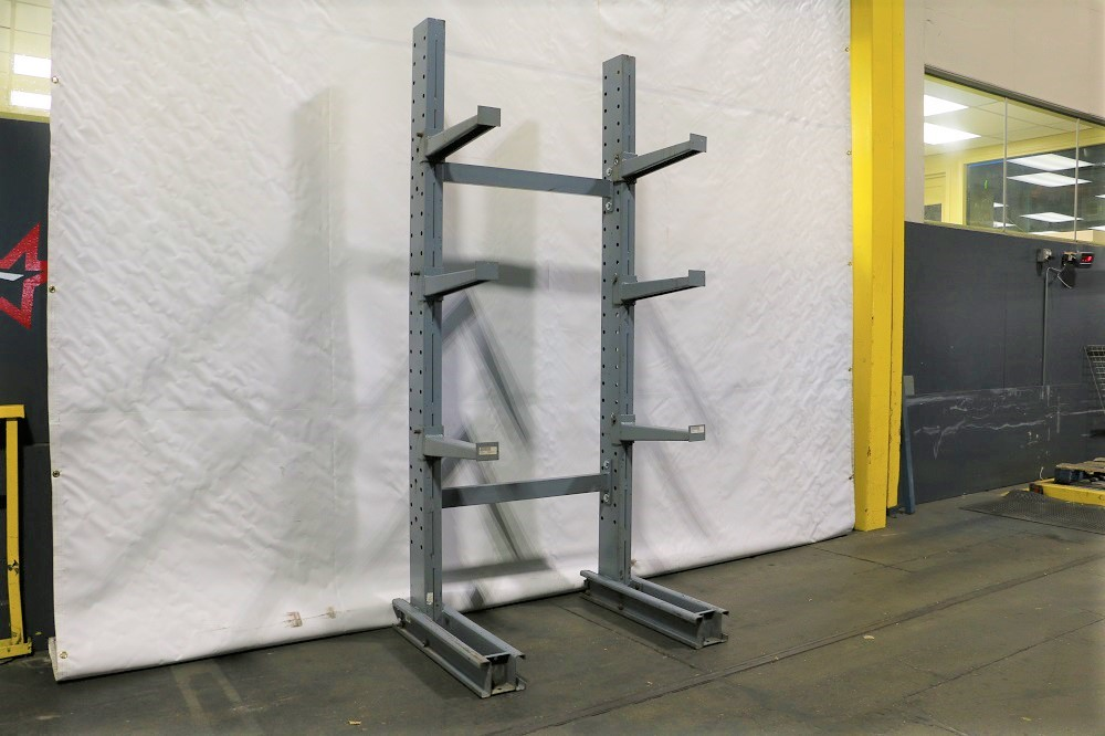 Sample bay of Meco cantilever rack