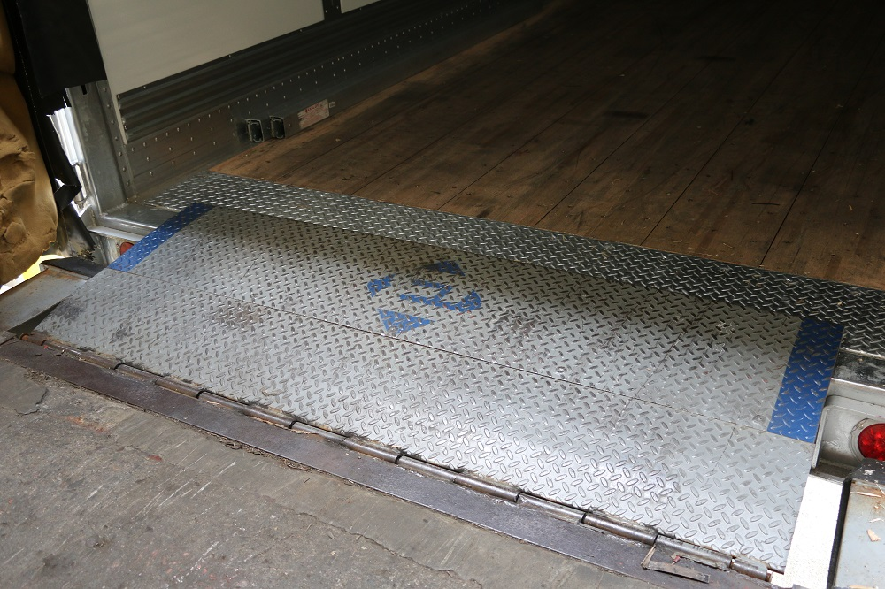 Used Edge Of Dock Leveler