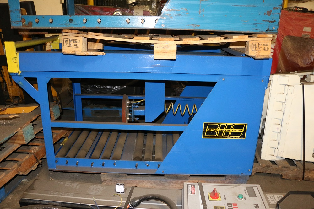 Used Forklift Battery Changing Removal Equipment